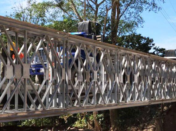 INVIAS busca innovaciones en fabricación de puentes metálicos